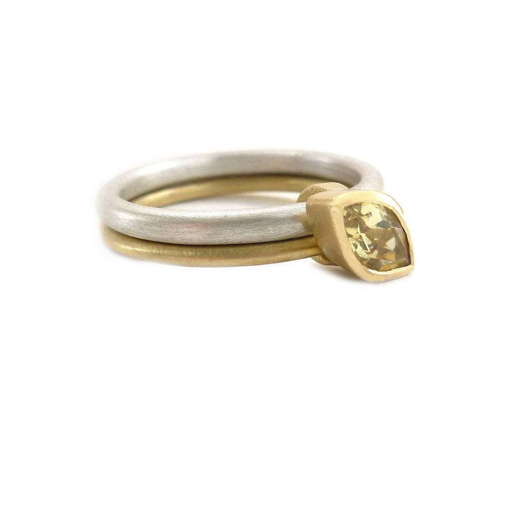 SOLD: Silver 18k Gold and Yellow Beryl Ring (OF12) - Sue Lane Contemporary Jewellery - 2