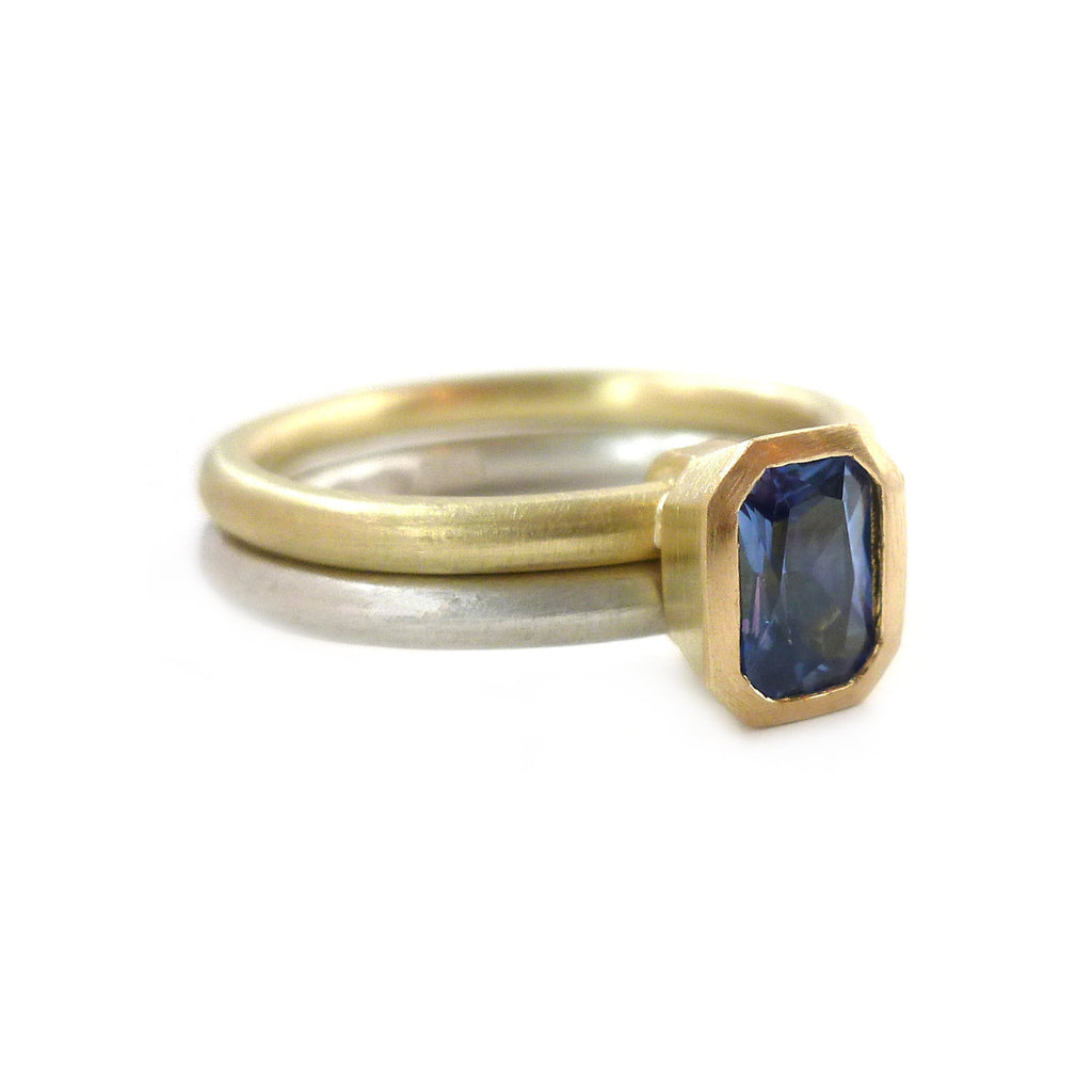 SOLD: 18k Gold and Sapphire Ring (OF13) - Sue Lane Contemporary Jewellery - 4