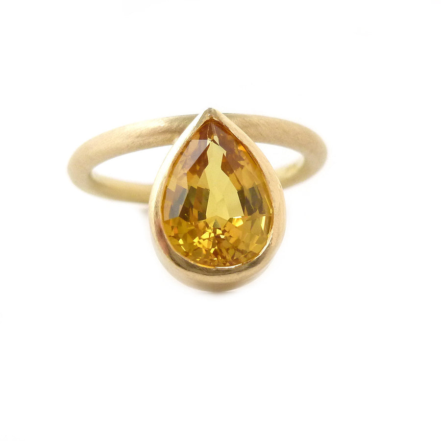 SOLD: 18k Gold and Yellow Sapphire Ring (OF28) - Sue Lane Contemporary Jewellery - 1
