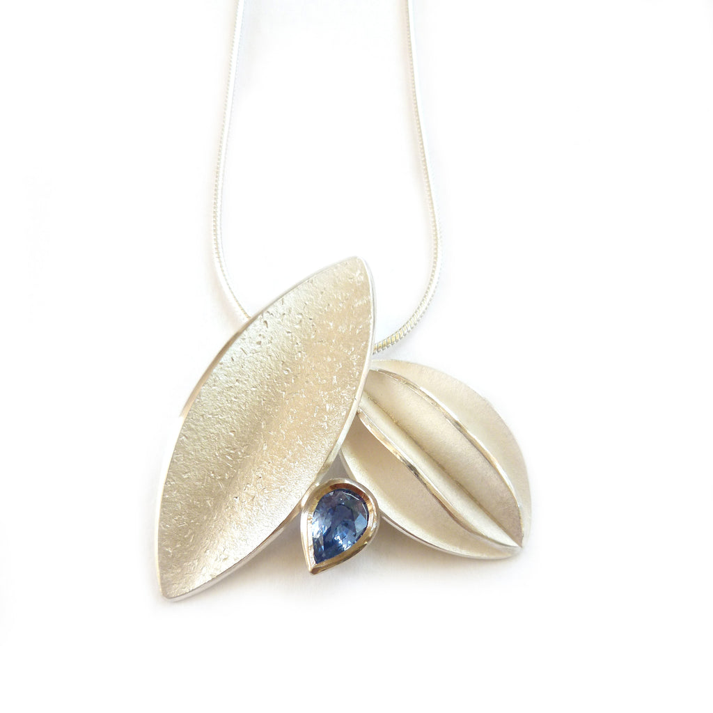 SOLD: Silver and Blue Sapphire Necklace (fdsn15) - Sue Lane Contemporary Jewellery - 2