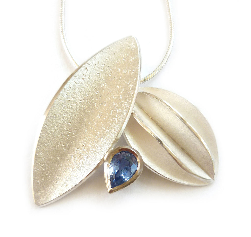 SOLD: Silver and Blue Sapphire Necklace (fdsn15) - Sue Lane Contemporary Jewellery - 1