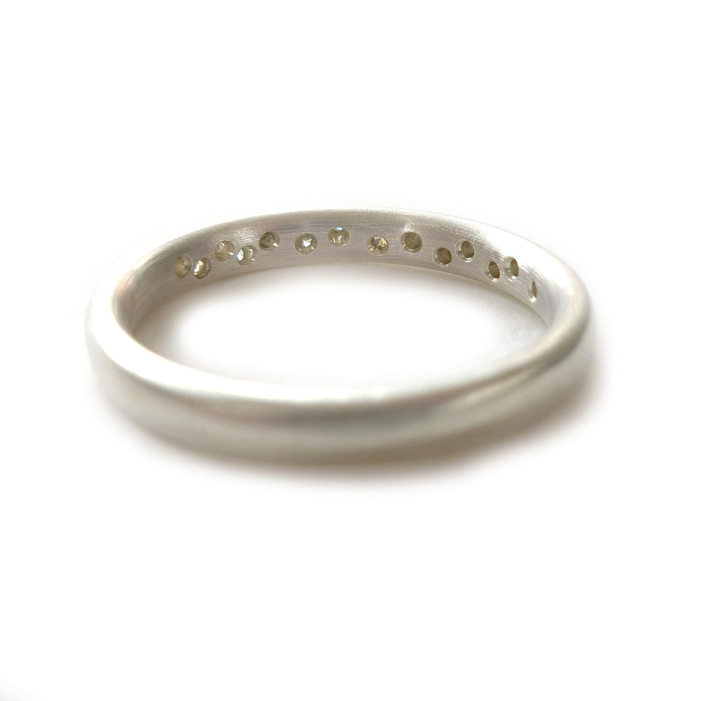 hand made silver and diamond ring to commission