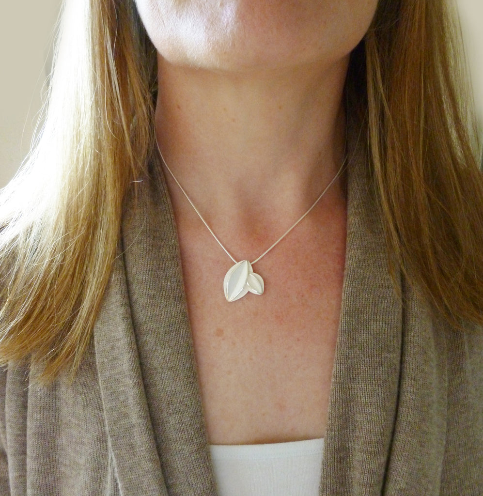 Double Fold Silver Necklace (fdsn18) - Sue Lane Contemporary Jewellery - 2
