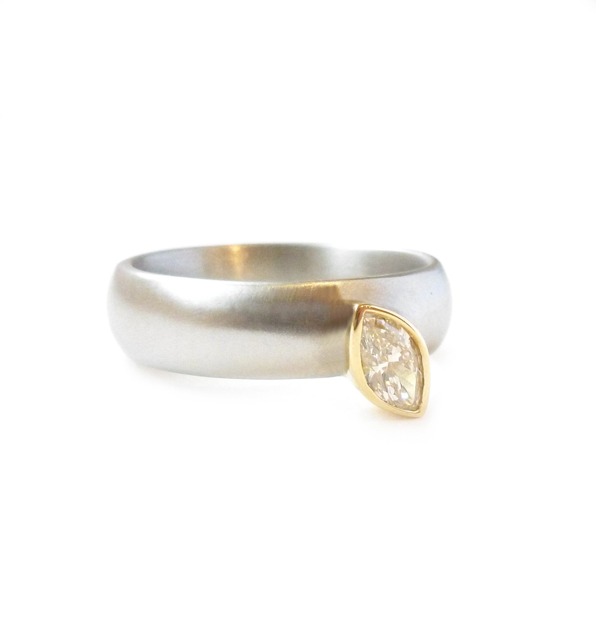 Palladium and 18k Gold Marquise Diamond Ring pdr9