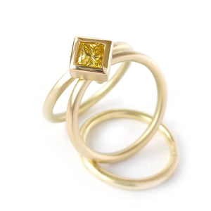 stacking gold and diamond ringset