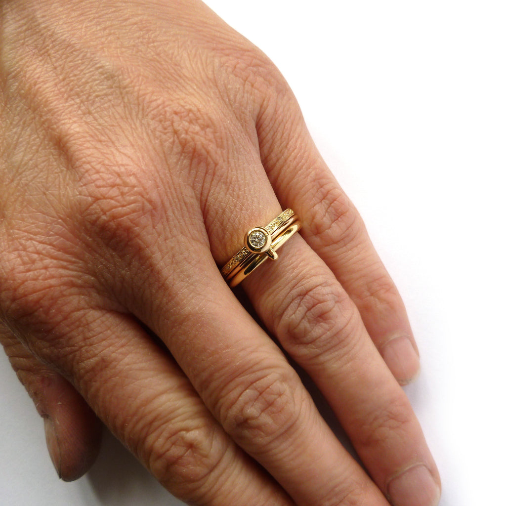 NEW: Contemporary 18k Rose and Yellow Gold with Diamond Ring (nrg3dr)