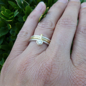 Silver and 18ct gold ring with 0.25ct diamond