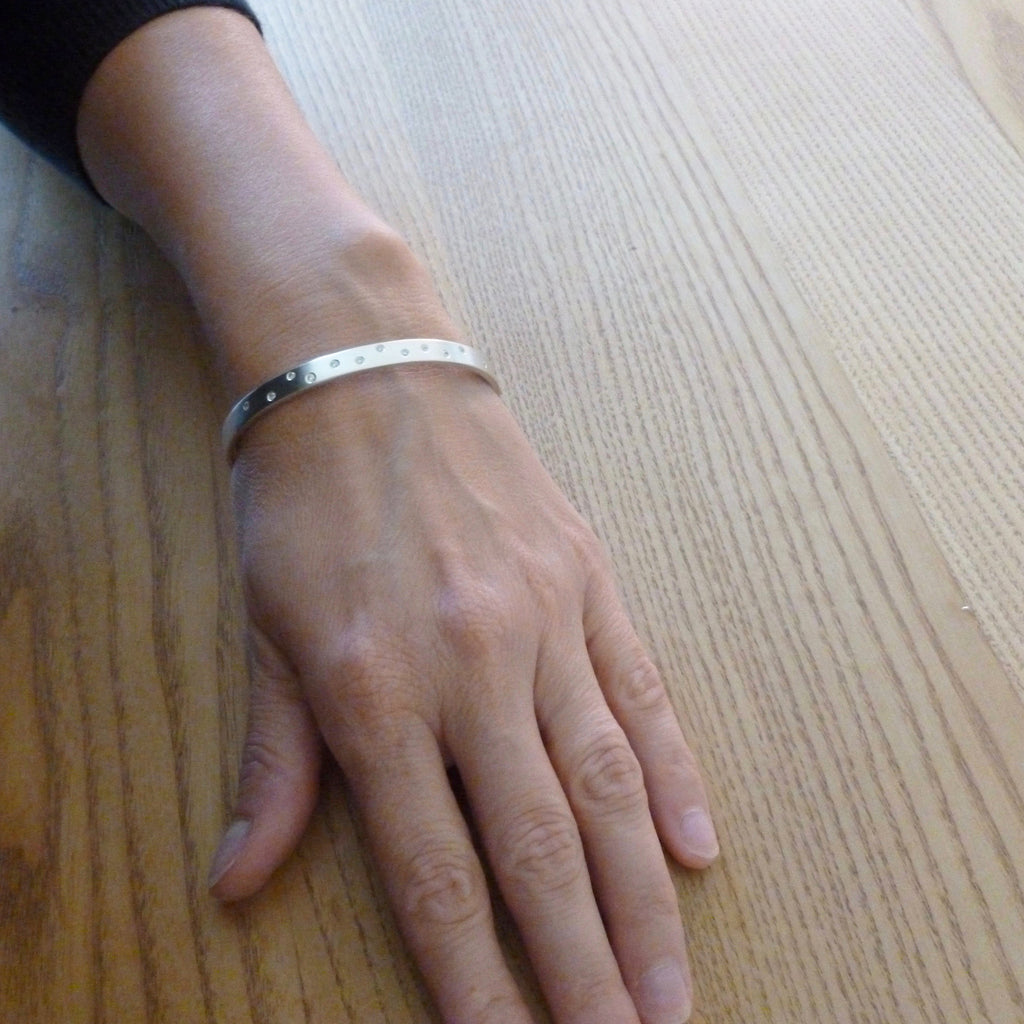 Silver and diamond bangle (ban2)