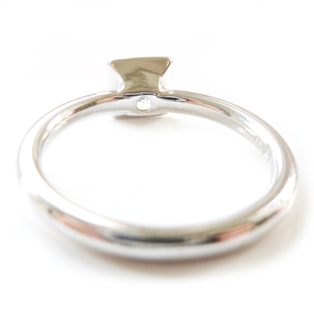 Platinum and diamond ring (plr18)