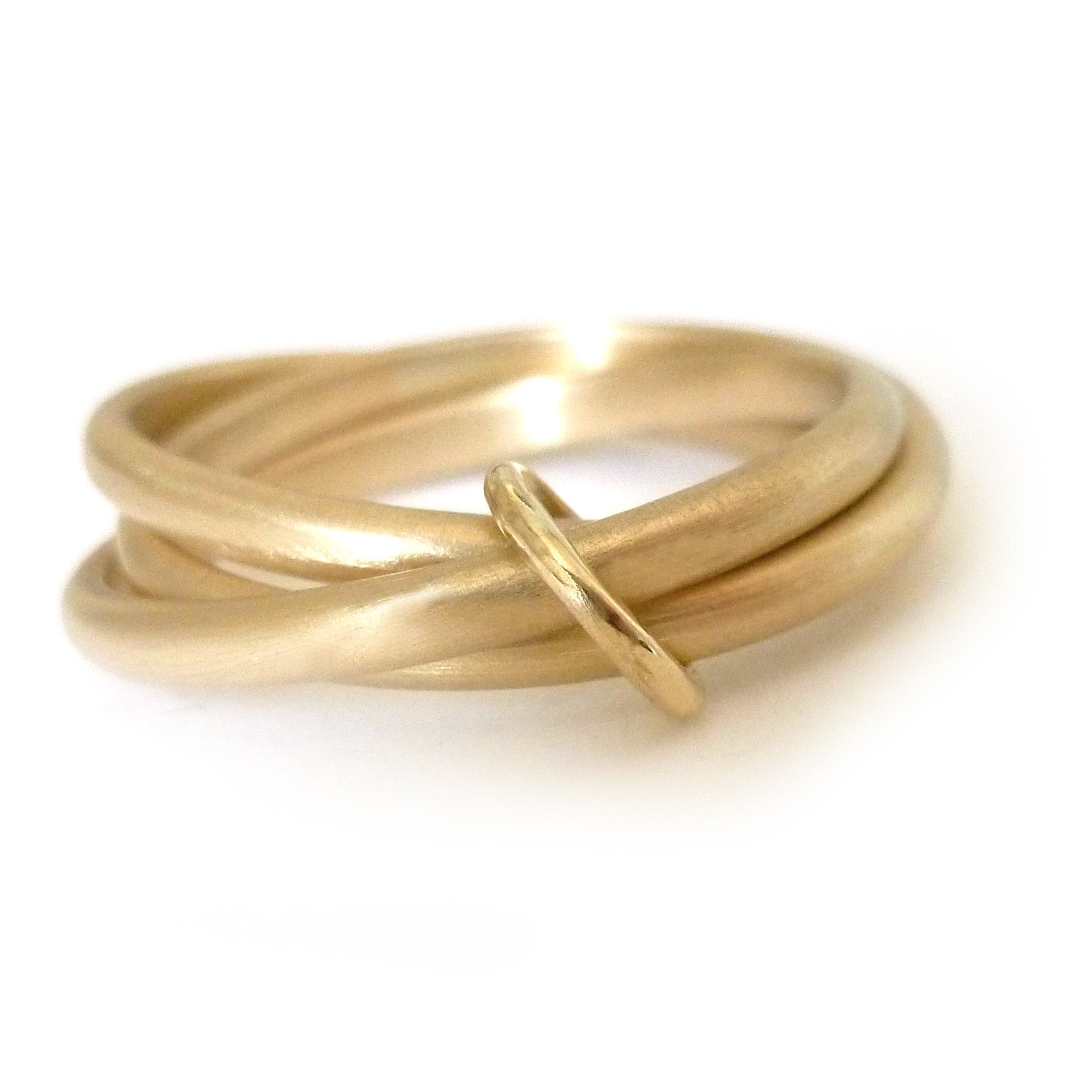 modern russian style wedding ring yellow gold.