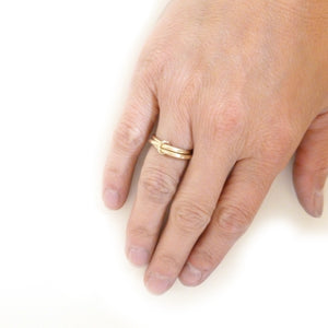 alternative matt gold wedding ring Russian wedding style
