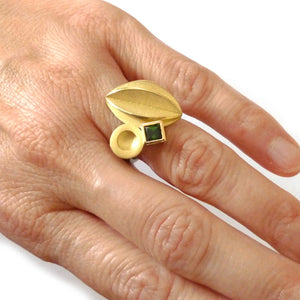 18ct Gold and Green Tourmaline Ring