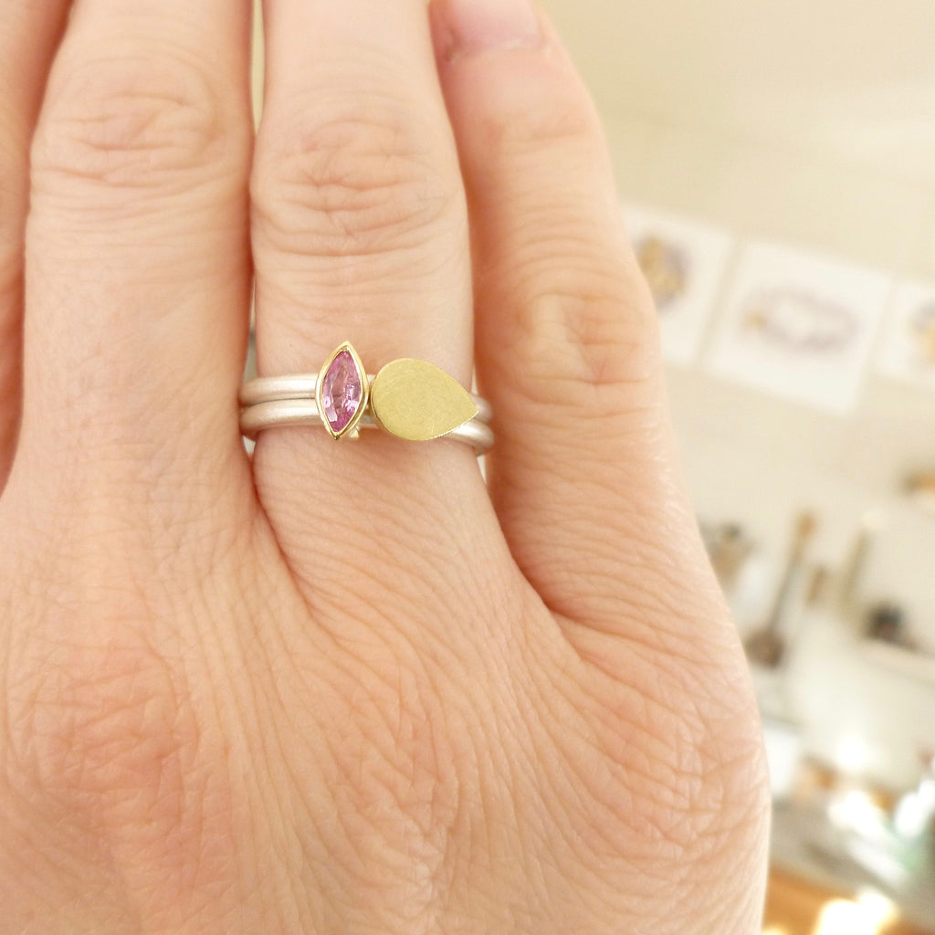 NEW: 18ct yellow gold, silver and pink sapphire ring (OF74)