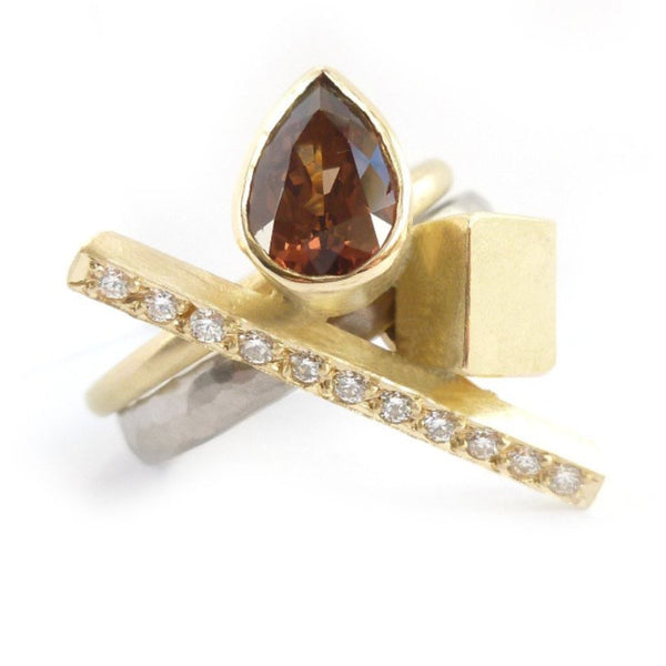 Bespoke gold, garnet and diamond ring (OF76)