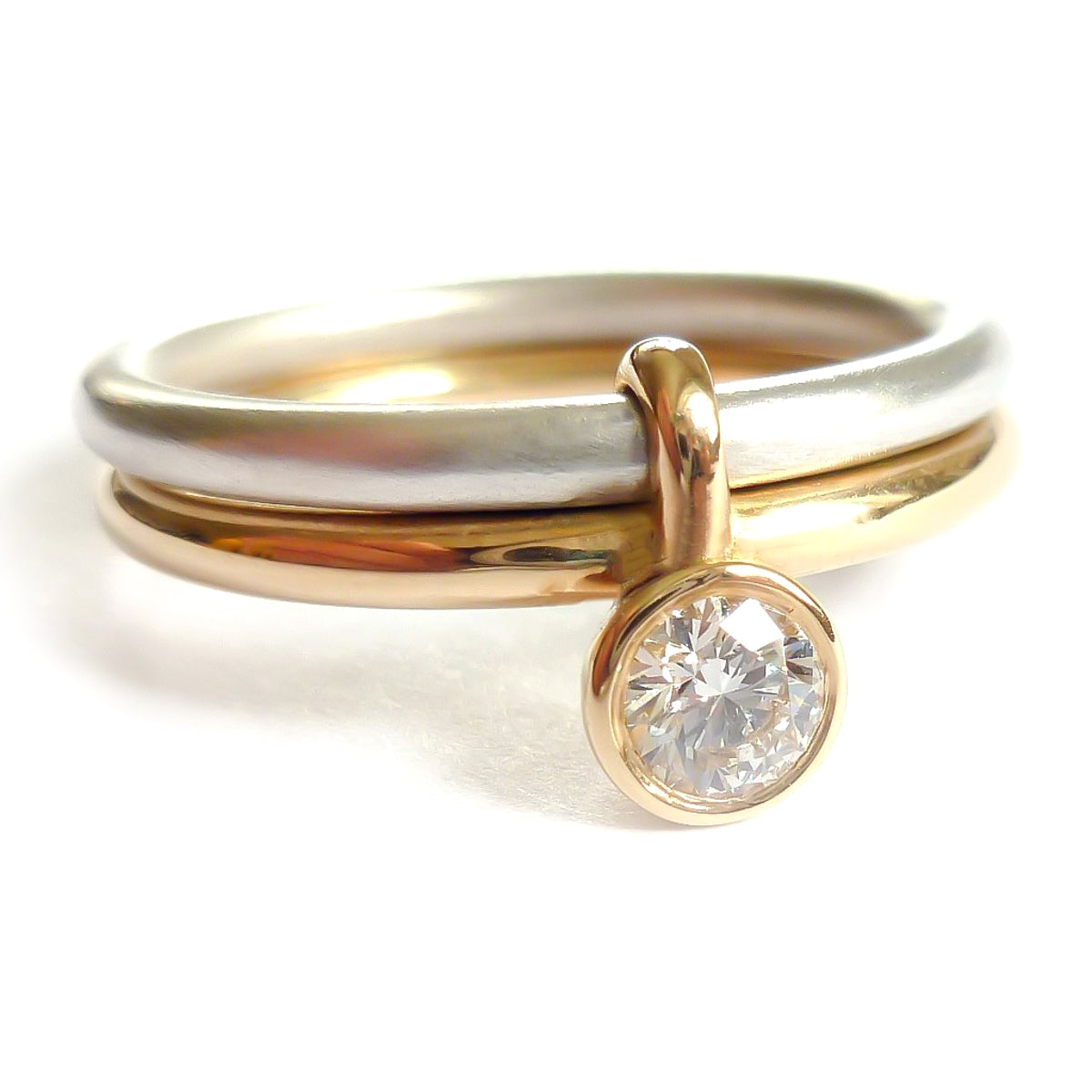 Contemporary engagement ring commissioning buy now online Sue Lane