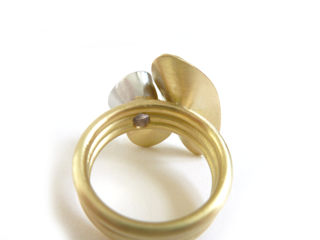 gold and platinum leaf shape ring