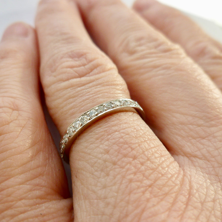 Classic eternity ring design by Sue Lane contemporary jewellery.