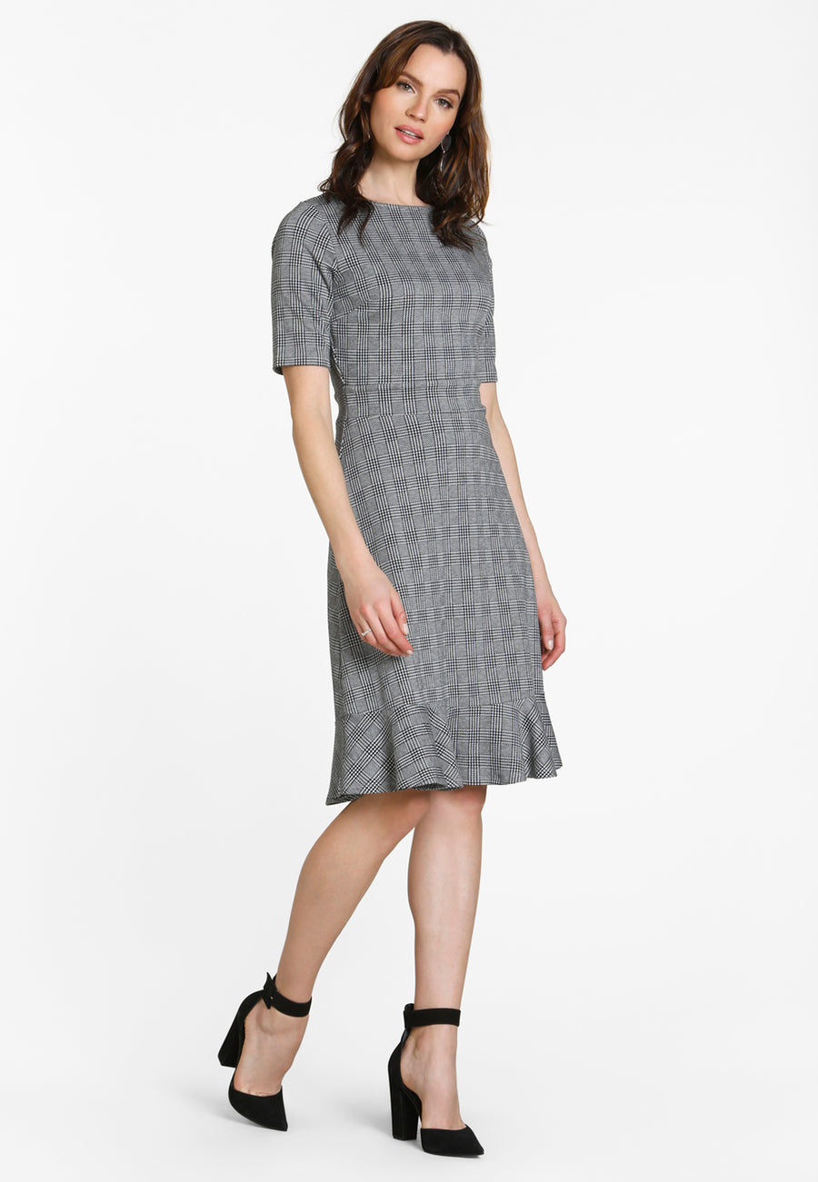 Gia Flounce Hem Fitted Dress in Glen Plaid Black Grey