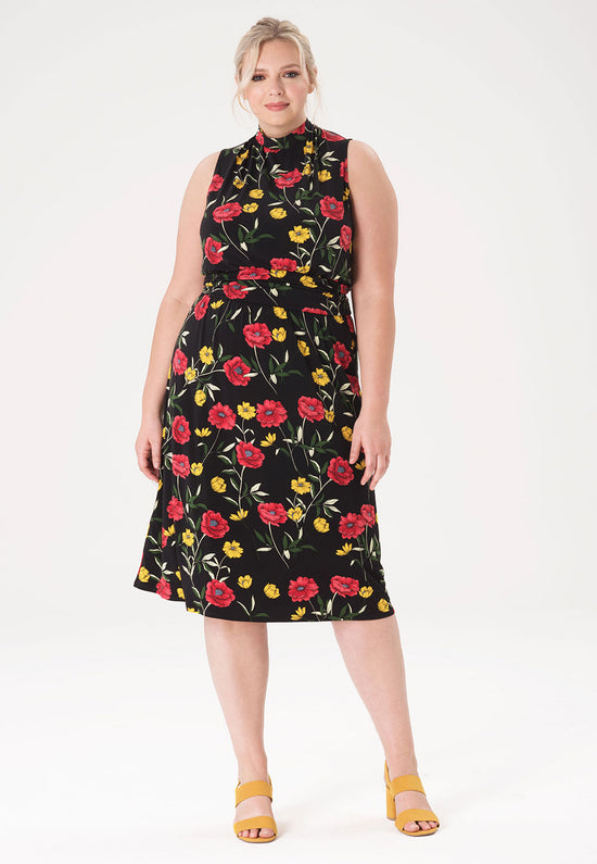 Aria Dress in Poppy Black (Curve)