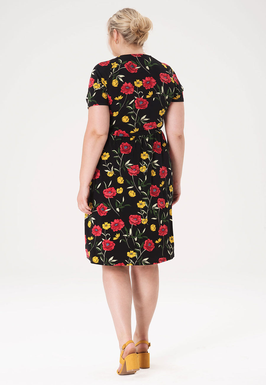 Sweetheart Dress in Poppy Black (Curve)