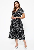 Amiya Dress in Appaloosa Black (Curve)