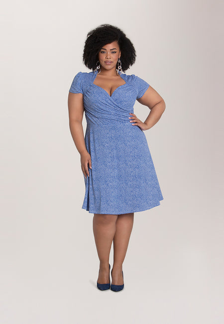 Sweetheart Dress in Pebble Nebulas Blue (Curve)