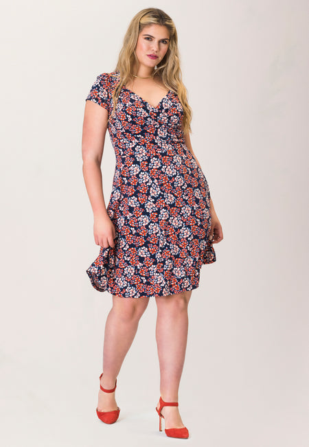 Sweetheart A-Line Dress in Berries Classic Navy Blue (Curve)