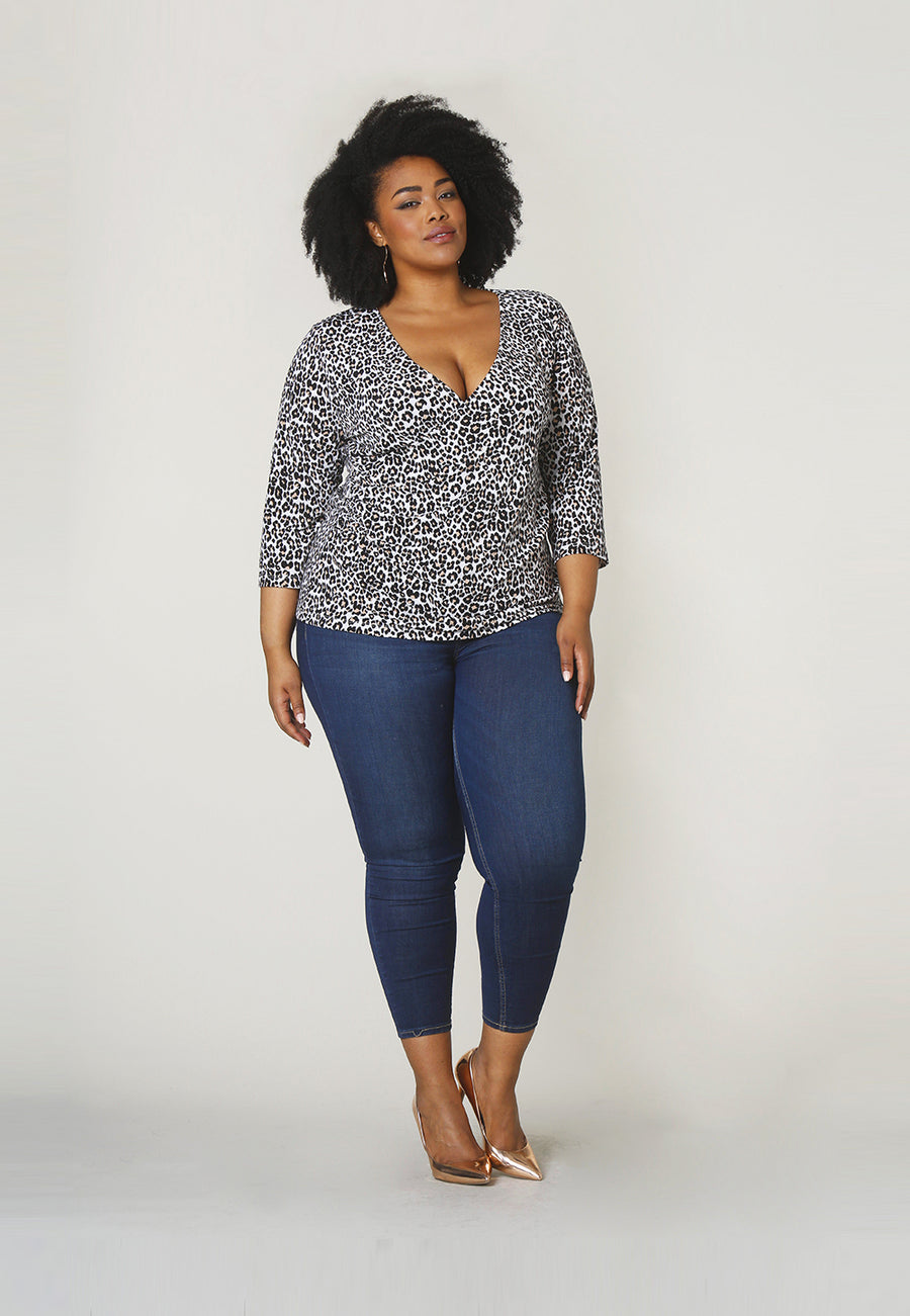 Rouched Wrap Top in Cheetah Ginger Root (Curve)