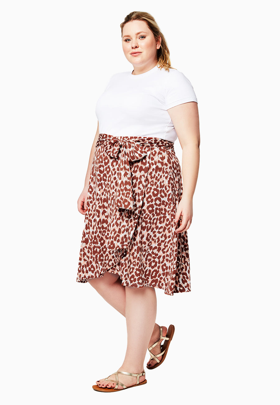Mae Wrap Skirt in Leo Coral Almond (Curve)
