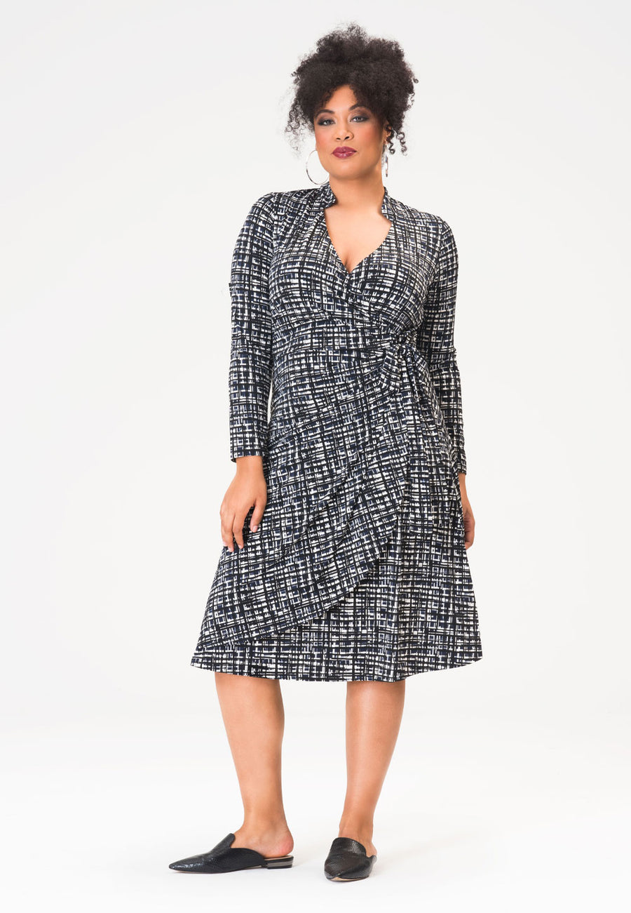 Gabrielle Dress in Brush Strokes Classic Navy (Curve)