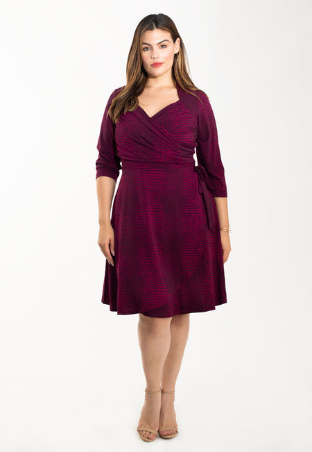 Sweetheart Wrap Dress in Crocco Raspberry Radiance (Curve)