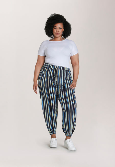 Tuxedo Jogger  Pant in Poolside Stripe Blue (Curve)