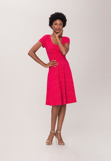 Cap Sleeve Circle A-Line Dress in Diamond Luxe Jacquard Pink (Curve)