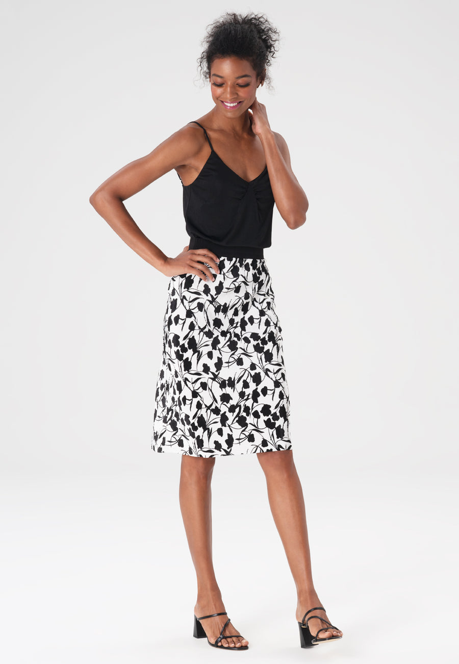 Amelia Skirt in Pleated Petals Marshmallow
