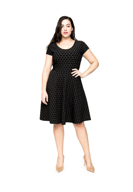 Circle A-Line Dress in Black Luxe Jacquard (Curve)