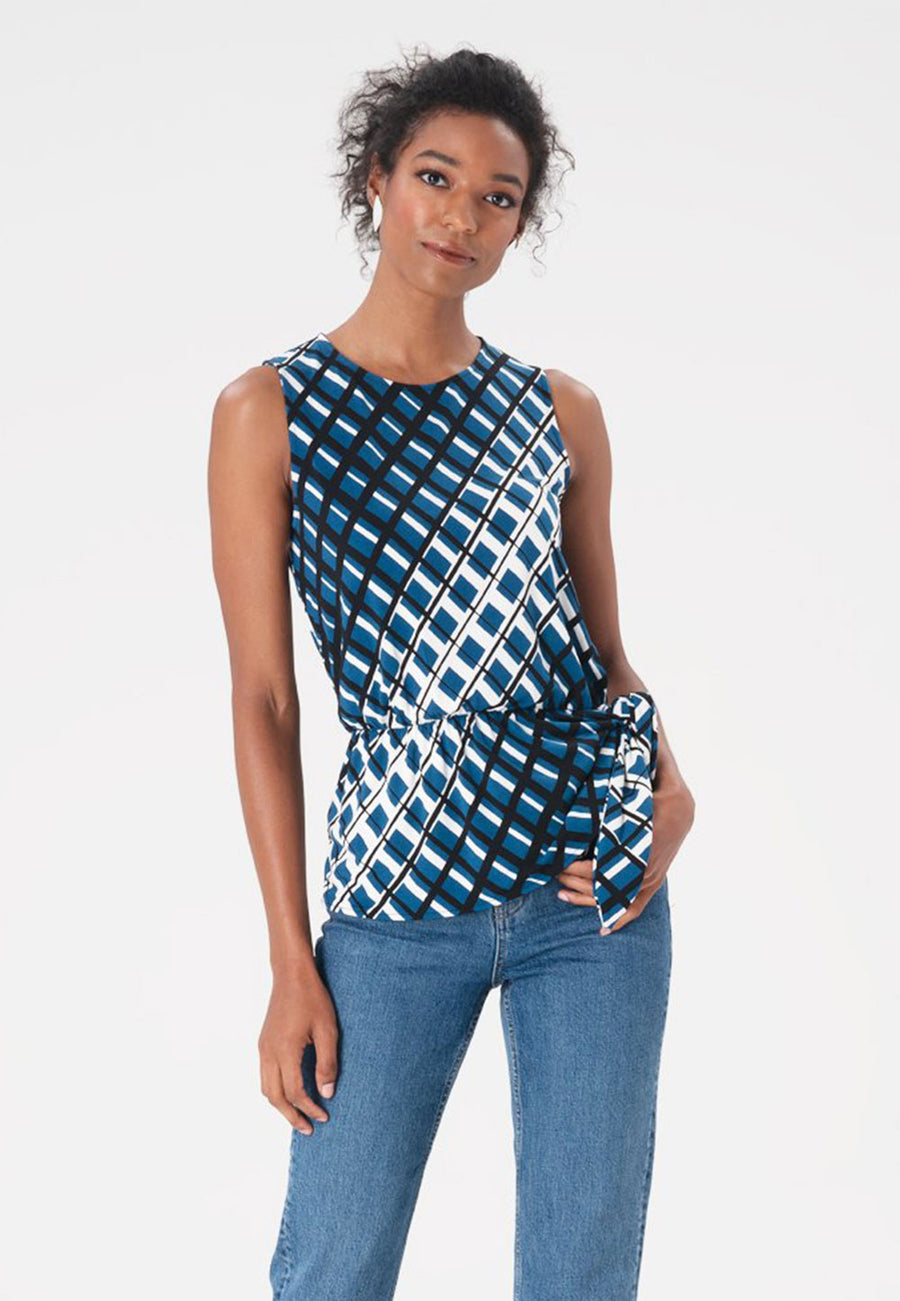 Helene Top in Criss Cross Dark Blue