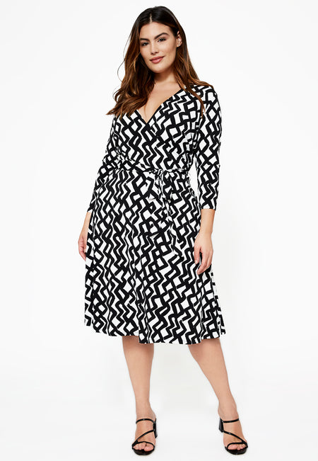 Leota Perfect Wrap Dress in Zig Zag Curve