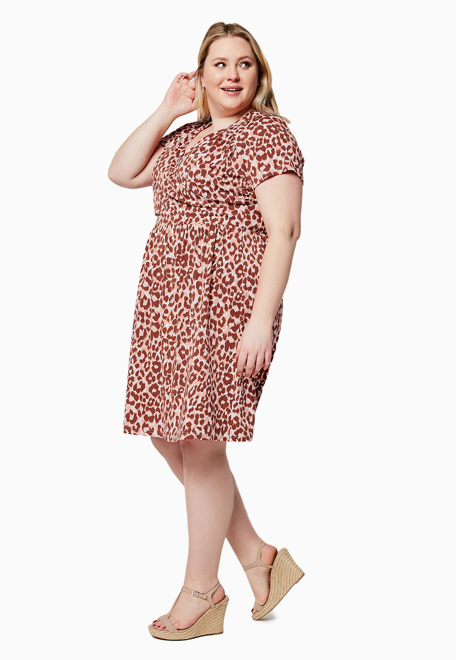 Sweetheart Dress in Leo Coral Almond (Curve)