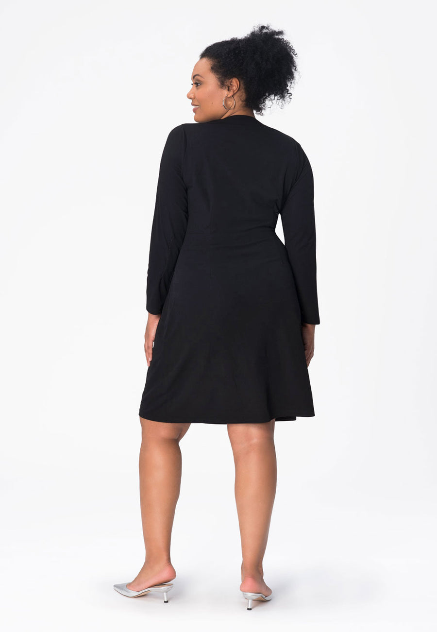 Kara Dress in Moss Crepe Black (Curve)