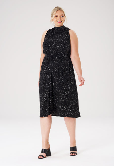Leota Aria Dress in Starry Night Black (Curve)