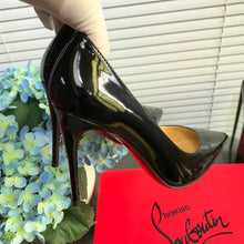 Load image into Gallery viewer, Louboutin Heels Shoes Black