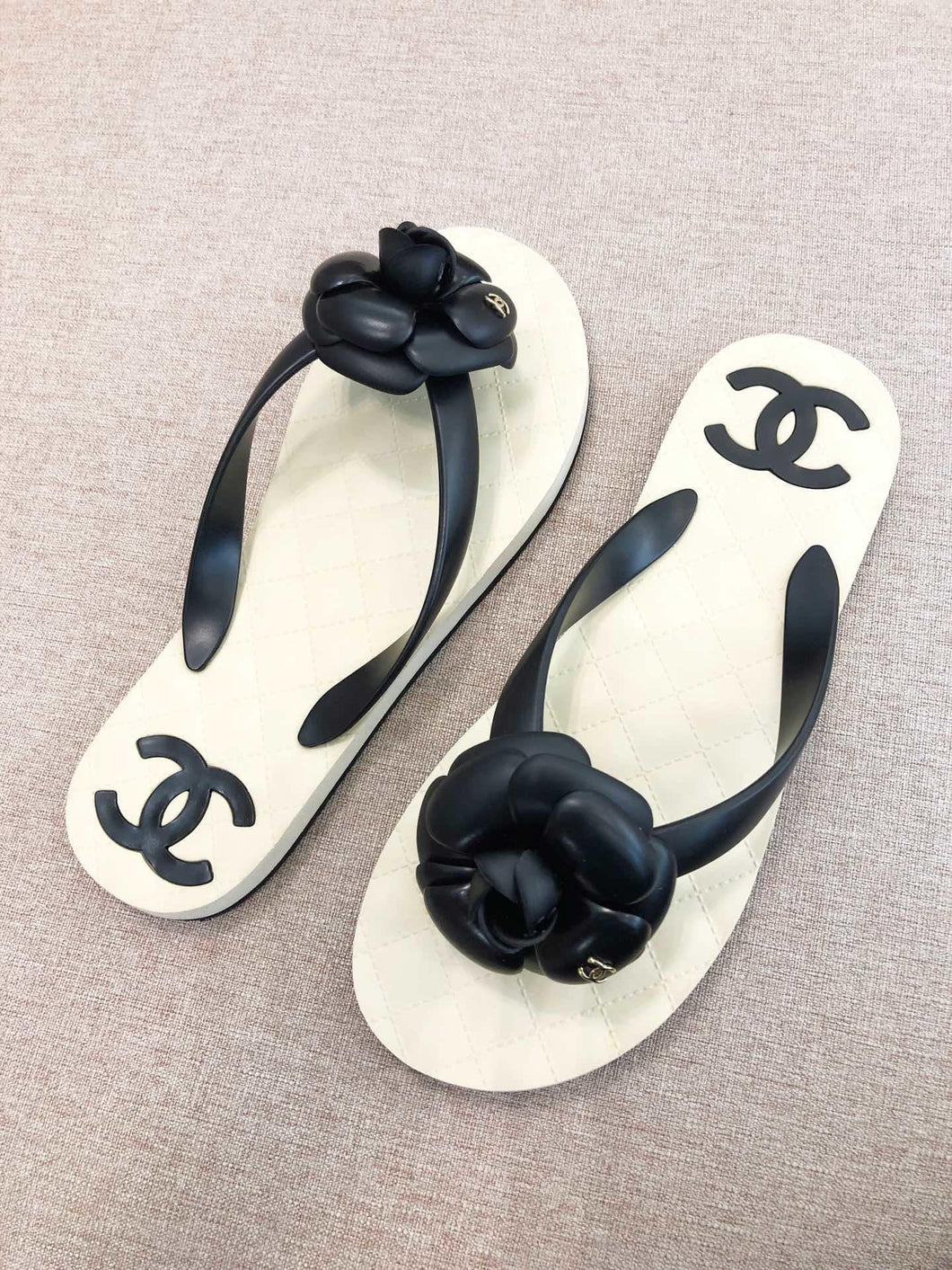 CHL Flip Flop Sliders