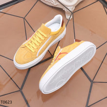 Load image into Gallery viewer, Ferragamo Sneakers Yellow
