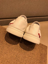 Load image into Gallery viewer, G Sneakers Shoes White