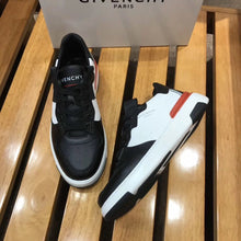 Load image into Gallery viewer, Givenchy Sneakers White
