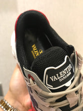 Load image into Gallery viewer, Valentino Sneakers Track 4 Colors