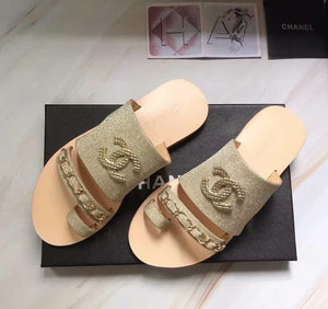 CHL Shoes Slippers Logo