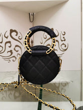 Load image into Gallery viewer, Chl Bag Leather Black
