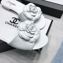 Load image into Gallery viewer, CHL Slippers Rose 2 Colors