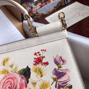 D&G Bag Flowers